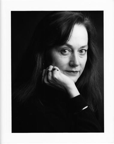 Roslyn Anderson Zivotopis Narodni Divadlo Moravskoslezske
